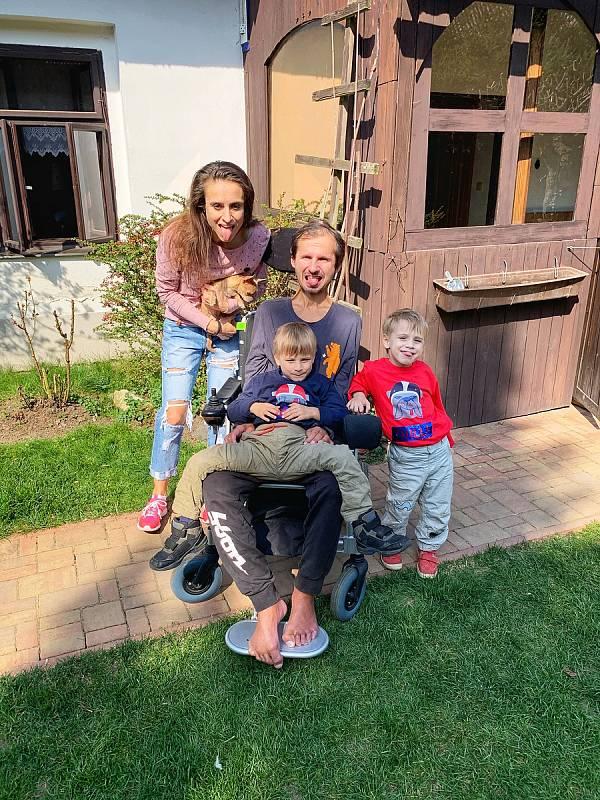 Vladimír Mikuláš s rodinou.