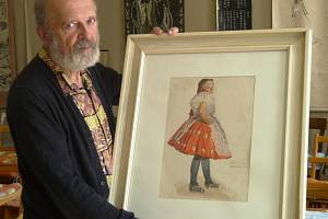 JIŘÍ ŠÍMA s poněkud netypickým obrazem z Mongolska. Malíř, jenž ho tam vytvořil, přijel v roce 1965 do Československa na praxi. Namaloval v kroji Terezii Štěpánkovou z Mikulova.