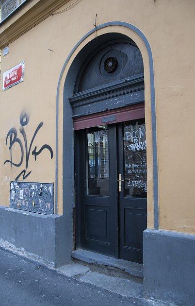 Moje místa Michala Brennera, bar Vlkova 26, Praha 3.5.2017