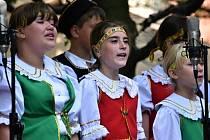 České děti z Ukrajiny navštívily Prahu, zpívaly i moravské písně.