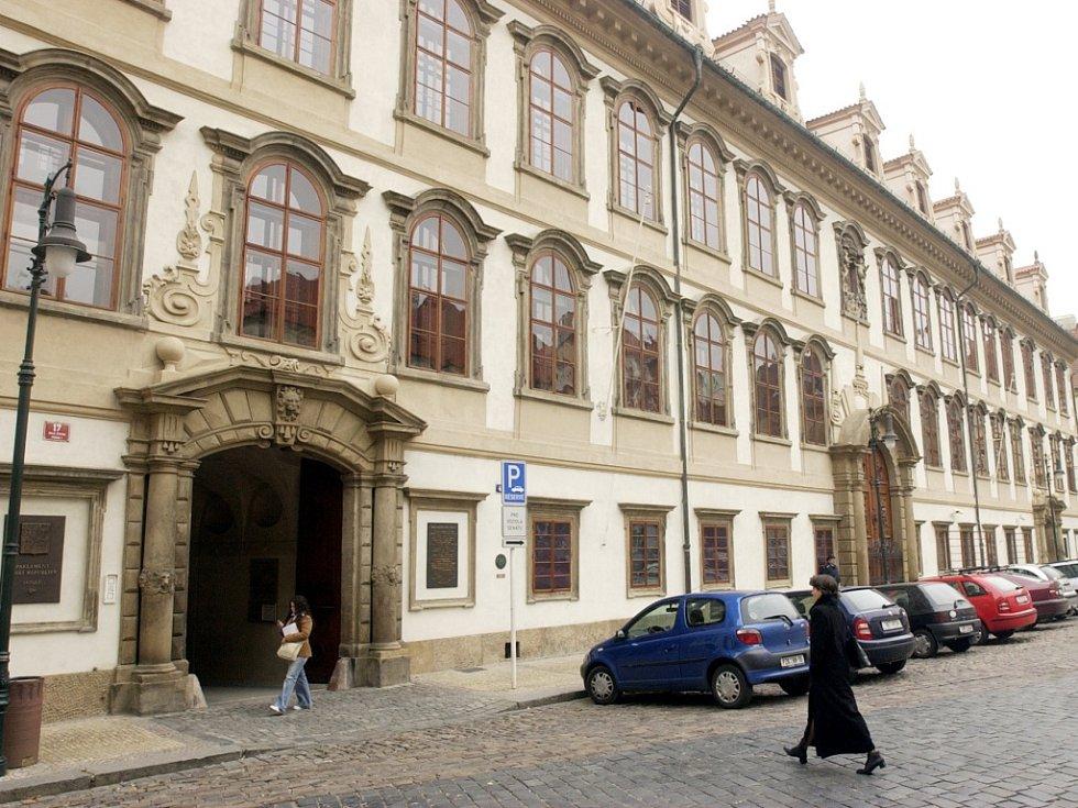 Budova Senátu. Ilustrační foto.
