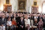Slavnostní ceremoniál v Břevnovském klášteře k udělení čestného občanství Prahy 6 exprezidentu Václavu Havlovi a herečce Ivě Janžurové.