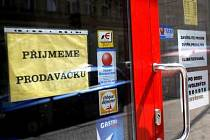 Tři čtvrtiny oslovených míní, že v Praze lze dobrou práci najít snadno.