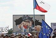 Demonstrace na Letné 23.června.