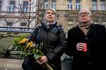 Pietní shromáždění k uctění 50. výročí sebeupálení Jana Zajíce proběhla 25. února v Praze, v ulici Jana Zajíce na Praze 7. Na snímku jeho sourozenci.
