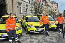 Tři výjezdové základny středočeských záchranářů získaly upravené automobily Škoda Yeti, jejichž vnitřní vybavení bylo přizpůsobeno potřebám přednemocniční neodkladné péče.