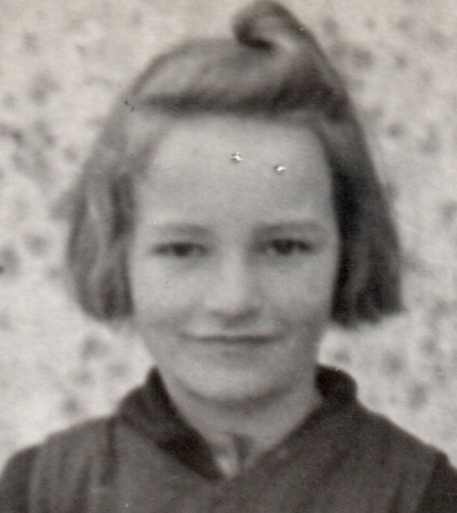 Růžena Sojková jako malá.