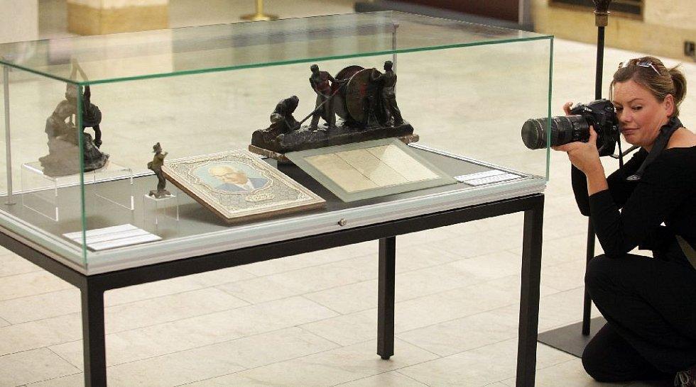Národní muzeum získalo do sbírek kolekci dokumentů a předmětů Muzea dělnického hnutí. Ta mapuje české a československé politické i sociální dějiny od poloviny 19. do konce 20. století.