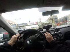 22letý řidič postarší octavie si hrál na honěnou s policisty z pohotovostní motorizované jednotky