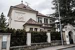 Dům na pražských Malvazinkách, Na Loužku 8.