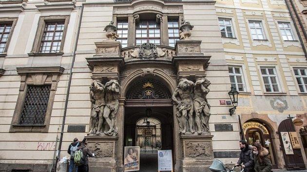 Clam-Gallasův palác v Praze.