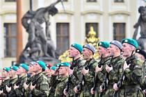 Slavnostní přísaha vojáků Armády České republiky.