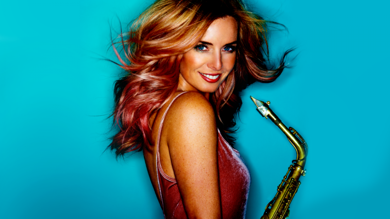 V Lucerna music baru se představí v pátek večer holandská saxofonistka Candy Dulfer.