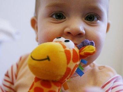 Ročně je v metropoli adoptováno asi sedmdesát dětí.