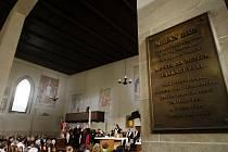 Mše k výročí smrti Mistra Jana Husa se konala v pátek 6. července 2012 v pražské Betlémské kapli.