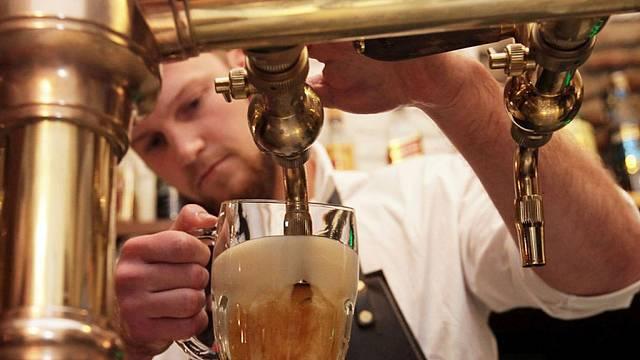 Výčep a čepování piva.