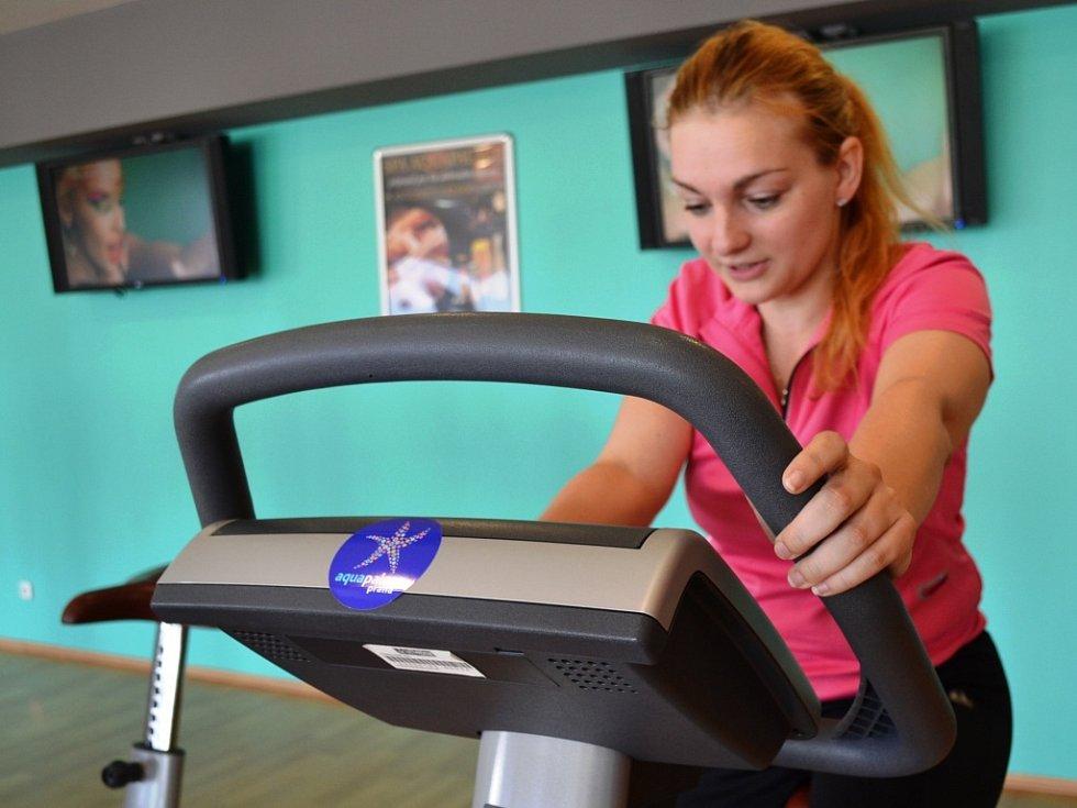 Redaktorka Deníku Pavla Janoušková ve fitness centru v Aquapalace Praha v Čestlicích.