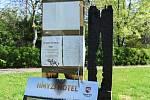 Hmyzí hotel U Pentlovky v Bohnicích.