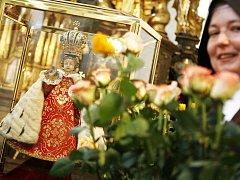 STALETÍ UCTÍVANÉ. Pražskému Jezulátku se pokloní i papež. Návštěva malostranského kostela Panny Marie Vítězné byla do programu Svatého otce zařazena na jeho výslovné přání.
