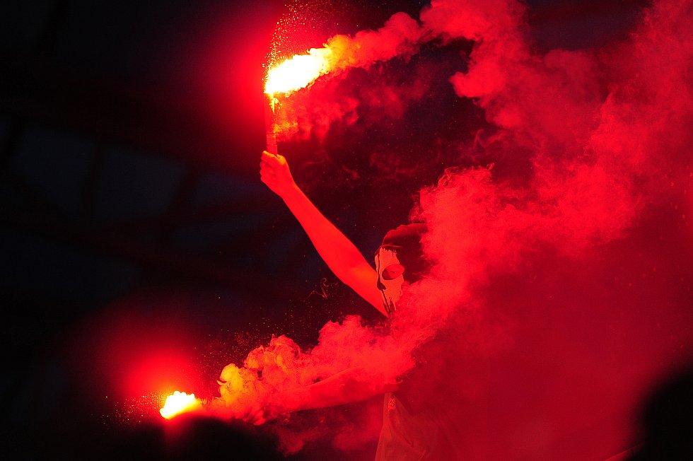 Fotbalové utkání finále MOL Cupu mezi celky SK Slavia Praha a FK Jablonec 9. května v Mladé Boleslavi. Rowdies Jablonce.