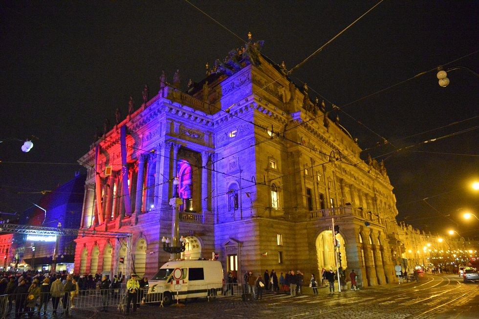 Připomínka událostí 17. listopadu v Praze. Národní divadlo. 17. listopad 2019