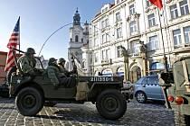 Novoroční jízda veteránů vozidel z II. světové války se uskutečnila 3. ledna v Praze.