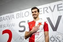 Ukrajinský fotbalový obránce Taras Kačaraba přestoupil z Liberce do pražské Slavie.