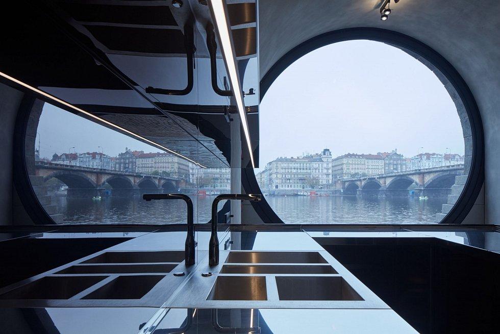 V Praze se otevřely veřejnosti opravené kobky na náplavkách.