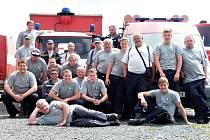 Dobráci z Lipenců mají 137 členů. Zároveň vlastní několik automobilů a tři čluny, které využívají ku pomoci při velké vodě.