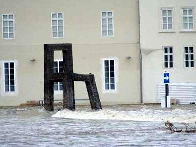 Povodeň z roku 2002 mají lidé stále ještě v živé paměti.