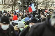 Valentýnský průvod pořádala na pražském Petříně iniciativa Chcípl PES v neděli 14. února 2021.
