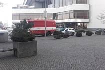 Policisté a hasiči zasahovali 2. ledna 2020 v ulici Na Pankráci v Praze 4 z důvodu nálezu podezřelého předmětu.