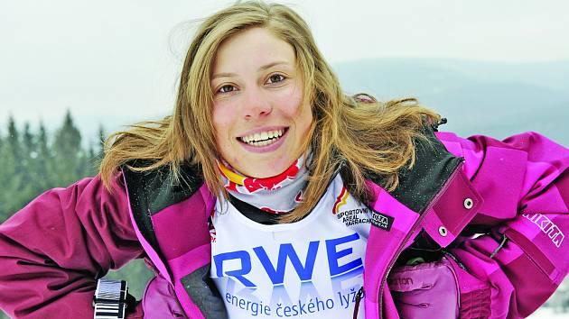 Eva Samková bude patřit mezi hlavní hvězdy Burton Špindl Spring Session.