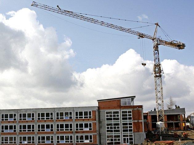 Výstavba školy. Ilustrační foto.