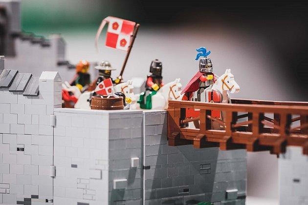 Historie zkostiček stavebnice Lego.