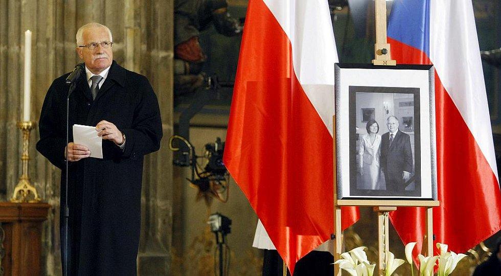 Arcibiskup Dominik Duka sloužil 16. dubna v chrámu sv. Víta v Praze zádušní mši za oběti polského leteckého neštěstí.