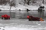 Výcvik na ledu.