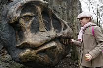 Zahájení sezony v pražské zoo proběhlo 31. března. Bylo slavnostně představeno nové logo a otevřena geostezka.