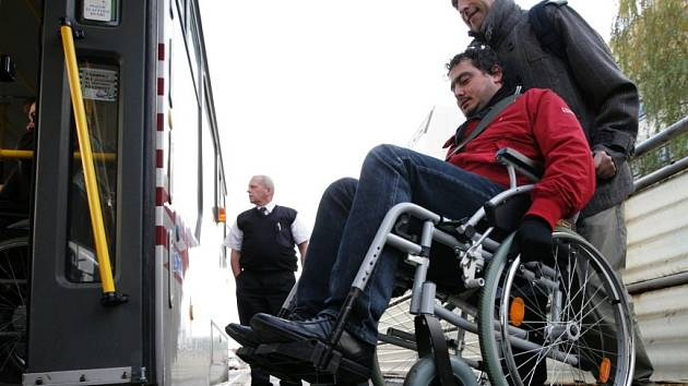 Jedna hodina na vozíku? Pořádný problém