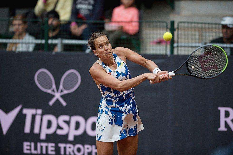Profesionální tenistka, vítězka ženské čtyřhry ve Wimbledonu a bronzová olympijská medailistka v ženském deblu Barbora Strýcová.