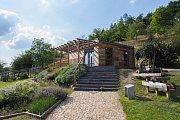 Nová expozice Medonosné rostliny a včely v botanické zahradě.