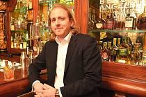 Šéfbarman pražského Black Angel's baru Pavel Šíma.