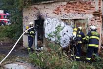 Požár opuštěného drážního domku.