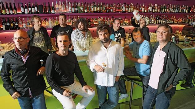 J.A.R. se chystají na eKoncert do Lucerna Music Baru.