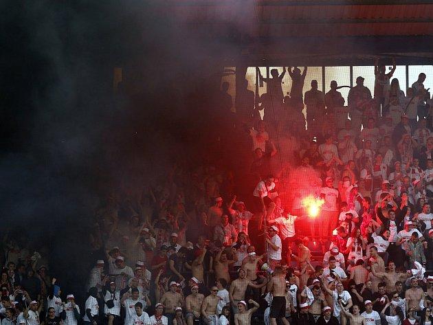 Zápas 23. kola fotbalové Synot ligy AC Sparta Praha - SK Slavia Praha, hraný v sobotu 11. dubna 2015 na Letné.
