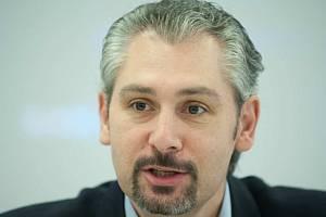 Filip Šuman vede český florbal od roku 2002 a o víkendu byl znovu zvolen viceprezidentem Mezinárodní florbalové federace. Jeho nejbližší výzvy? Světové hry v příštím roce a mužské MS 2018 v Česku.