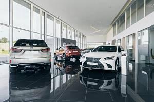Nový showroom automobilky Lexus byl otevřen v Praze.