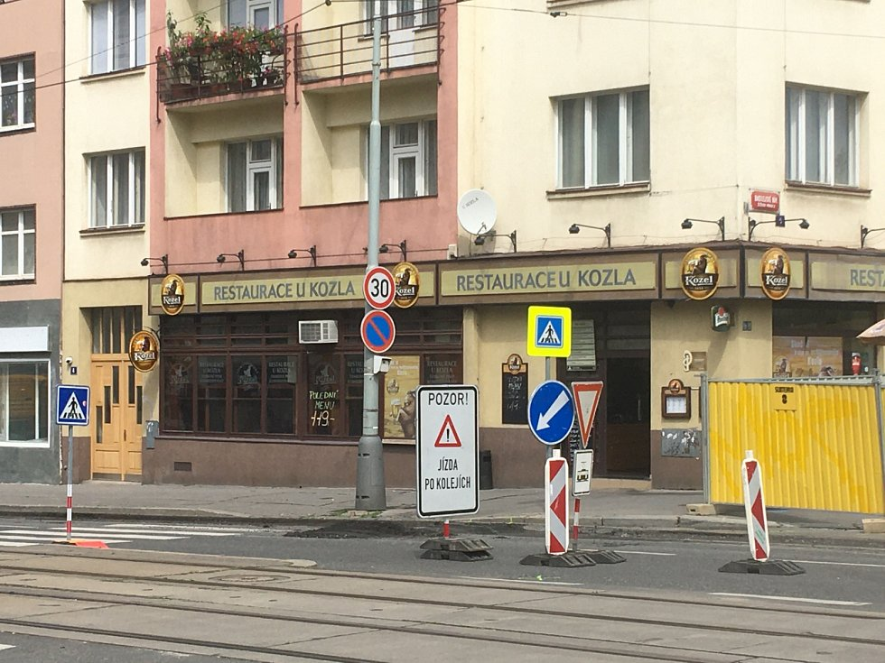 Rekonstrukce vozovky v žižkovské ulici Jana Želivského.