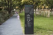 V městské části Praha-Čakovice se otevřel kompletně zrekonstruovaný Husův park. Foto: PIARISTI