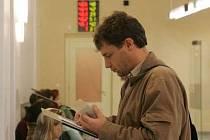 Radnice vyzve občany dopisem k podání žádosti o nový doklad totožnosti.